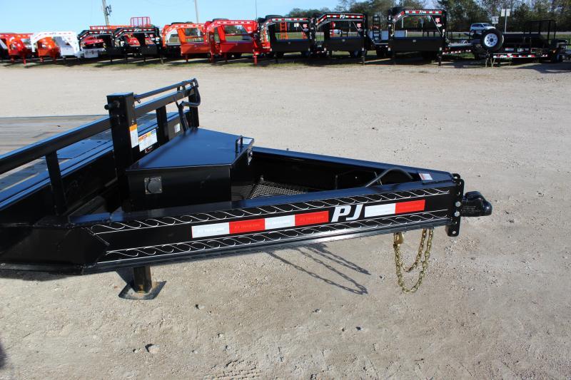 2019 PJ Trailers T8 22' deckover tilt Flatbed Trailer