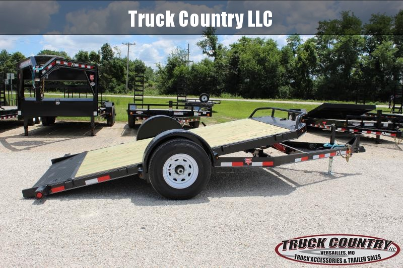 2020 PJ Trailers T1 13' tilt Equipment Trailer