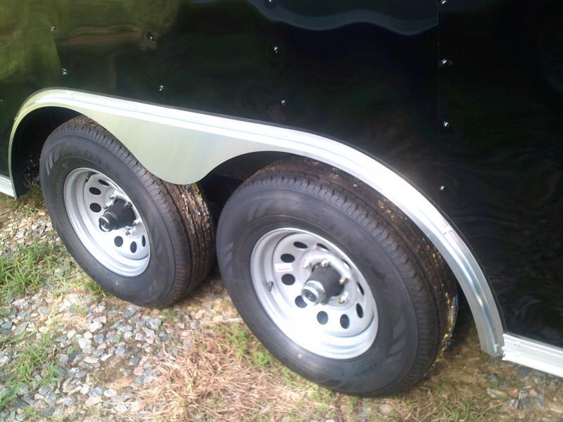 8.5'X24' DOUBLE AXLE CAR HAULER