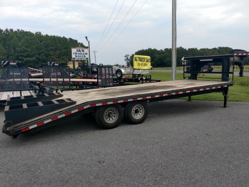 2017 Kaufman Trailers 24GN Flatbed Trailer