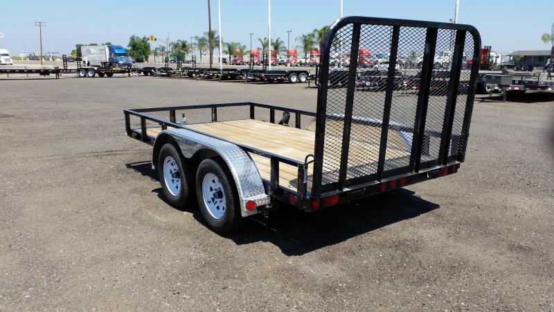 2019 PJ Trailers 77 in. Tandem Axle Channel Utility (UK) Utility Trailer