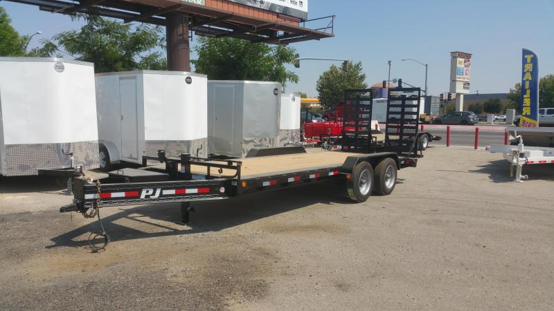 2019 PJ Trailers H5202 Equipment Trailer