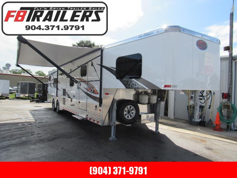 2019  40' Living Quarters / Toy Hauler By Sundowner Trailers 2486SGM