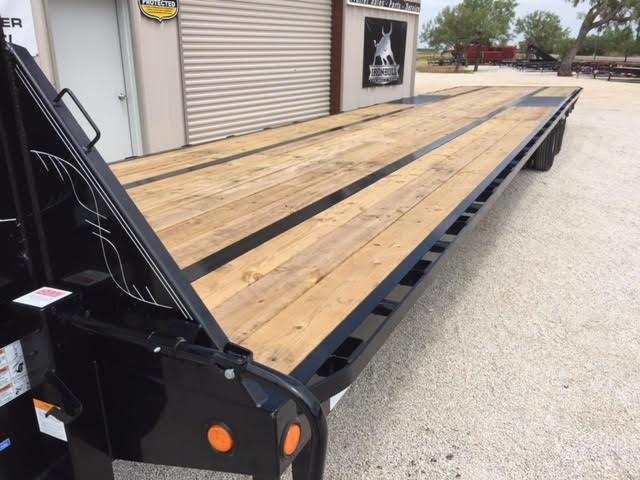 "2018 Load Trail Low Pro Gooseneck 102""X40'"