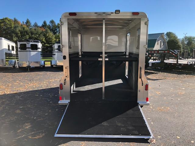 2019 4star 2h Bumper Pull With Dress