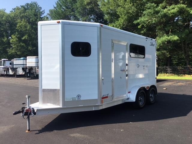 2007 Jamco 2 Horse Straight Bp With Dress