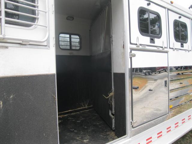 2004 Sundowner 6 Horse Slant