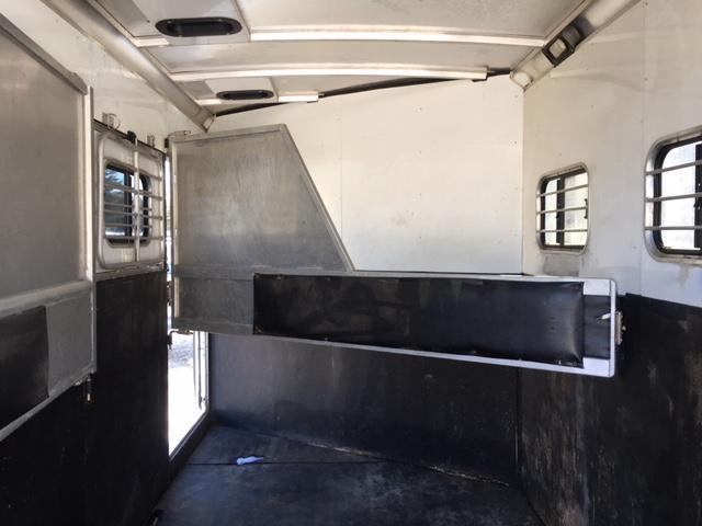 2006 Sundowner 3 Horse Bp Slant