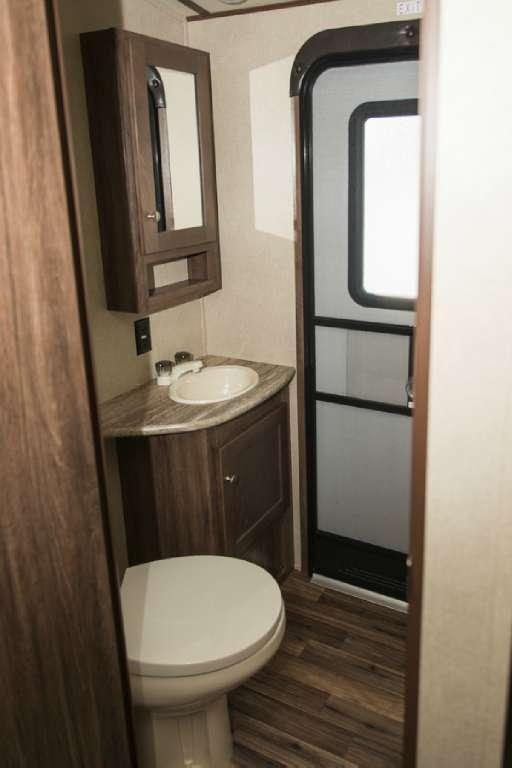 Aerolite AE319BHSS Travel Trailer