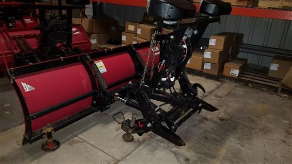 """Used Western 7'5"""" Midweight Poly Snow Plow"""