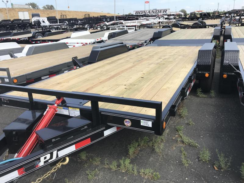 2019 PJ Trailers 20X 83 Hydraulic Quick Tilt (TH) Equipment Trailer