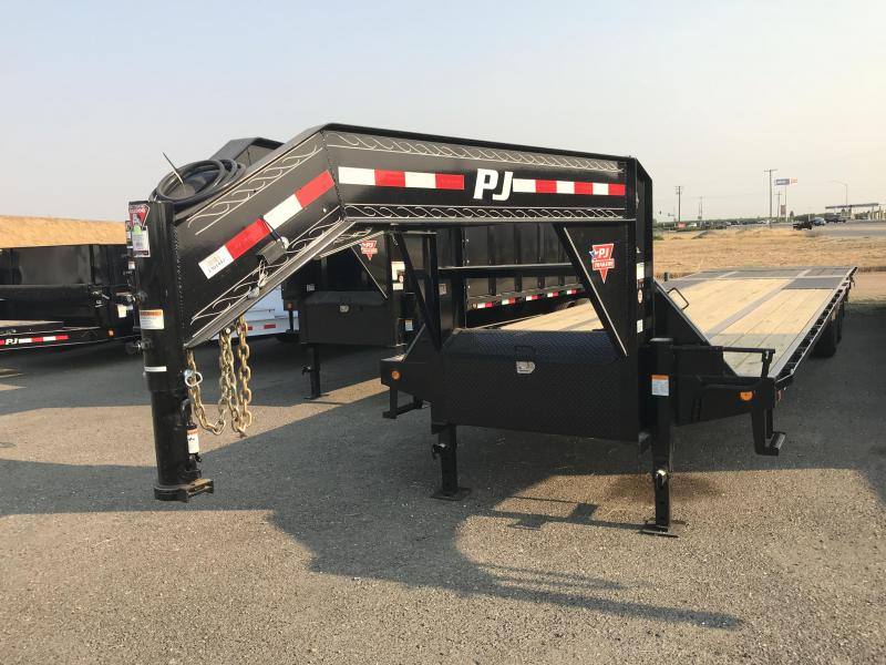2019 PJ Trailers 36' Low-Pro w/Hydraulic Dove