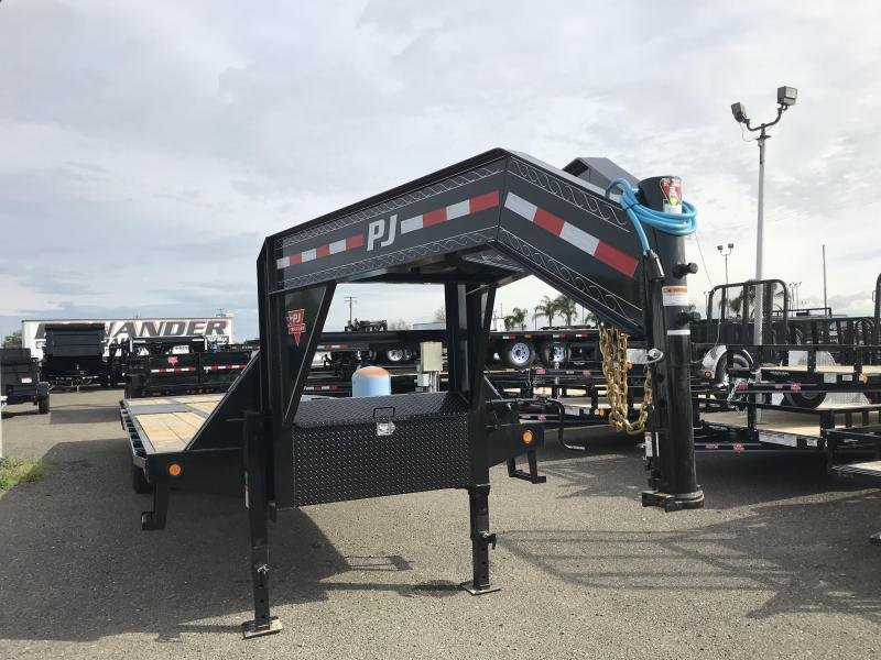 2019 PJ Trailers 30' Low-Pro with Hydraulic Dove (LY) Flatbed Trailer