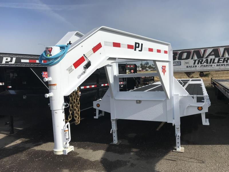 2019 PJ Trailers 36' Low-Pro with Hydraulic Dove (LY) Flatbed Trailer