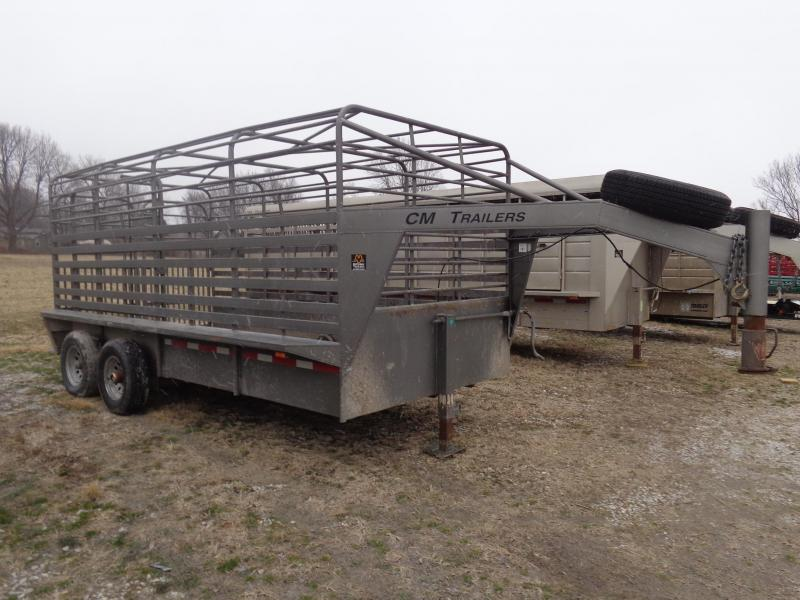 USED 2003 CM 16' x 6'8 Gooseneck Livestock Trailer