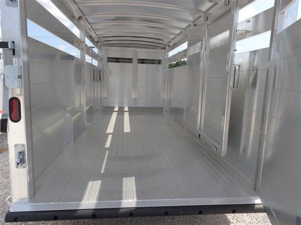 26' x 7' Hillsboro Endura Aluminum Gooseneck Stock Trailer