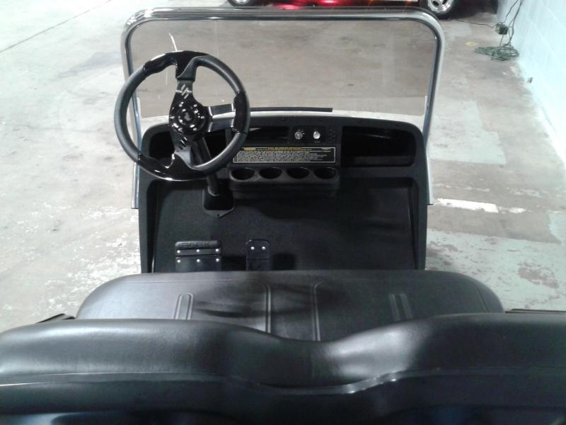2006 E-Z-GO TXT Golf Cart