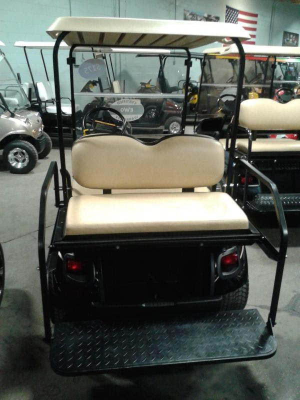 2015 E-Z-GO TXT Golf Cart