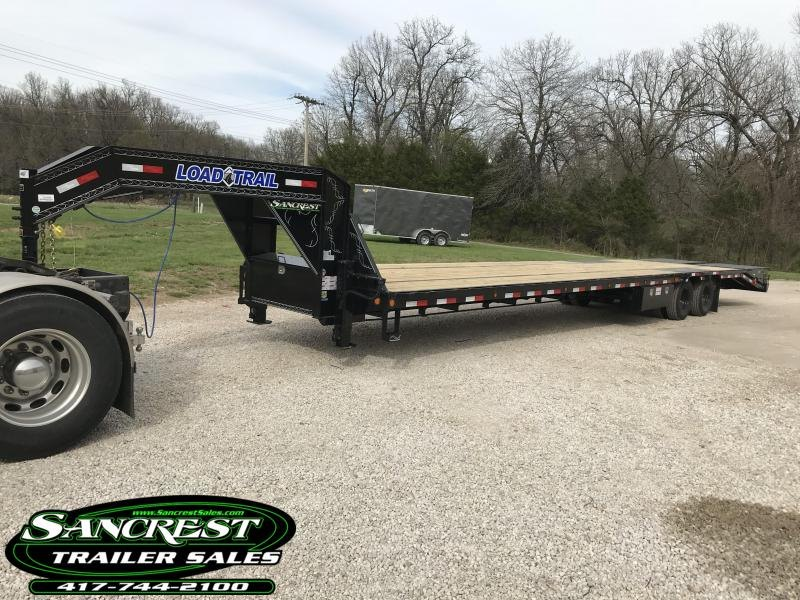 2018 Load Trail 102x40 Gooseneck Flatbed Trailer W/ Adj. Ratchet Rail/ Max Ramps/ Air ride/ Hydraulic Brakes