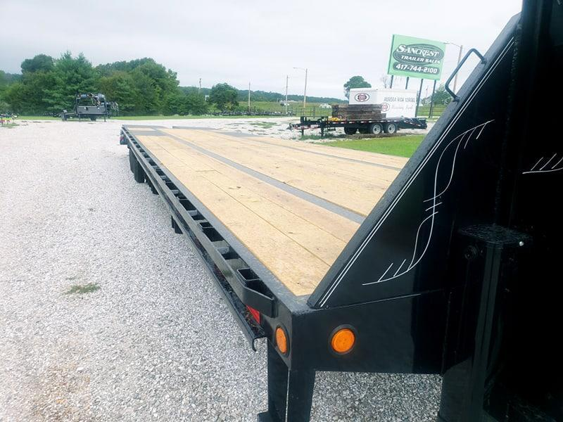 "2019 Load Trail 102"" x 40' Tandem Low-Pro Gooseneck w/Under Frame Bridge & Pipe Bridge"