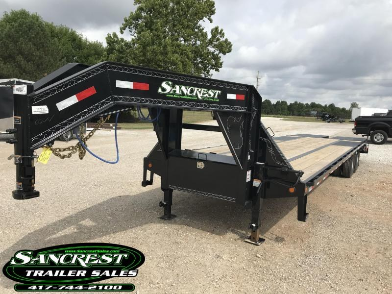 2018 Load Trail 102x32  LO-PRO Gooseneck Flatbed Trailer W/Max Ramps