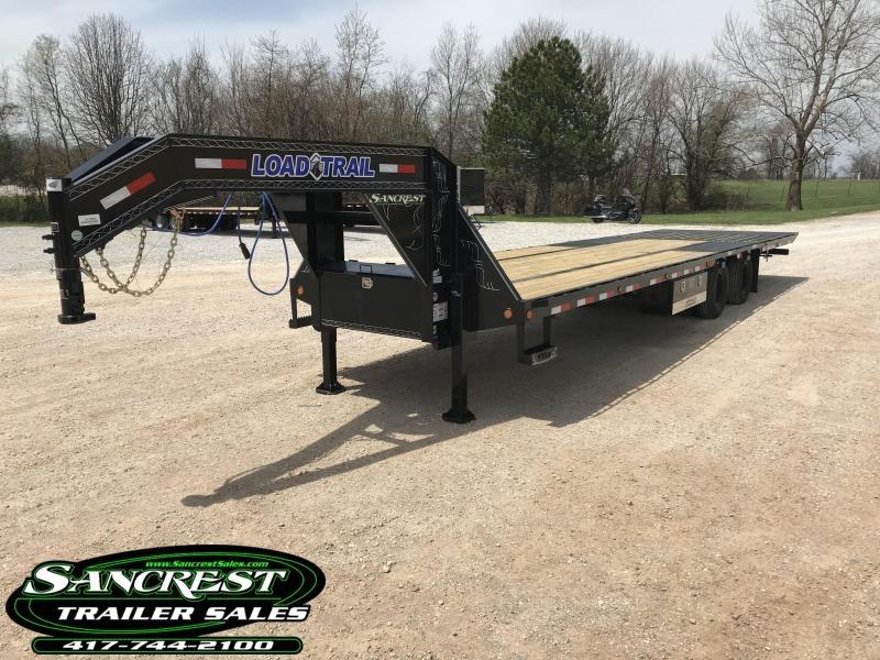 2018 Load Trail 102x32 Low-Pro Gooseneck  W/Hydro Dove Tail/Jacks/Disc Brakes