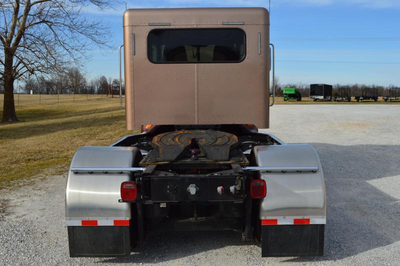 2010 Crew Cab Peterbilt 384 Low Miles Hauler Trucks For Sale