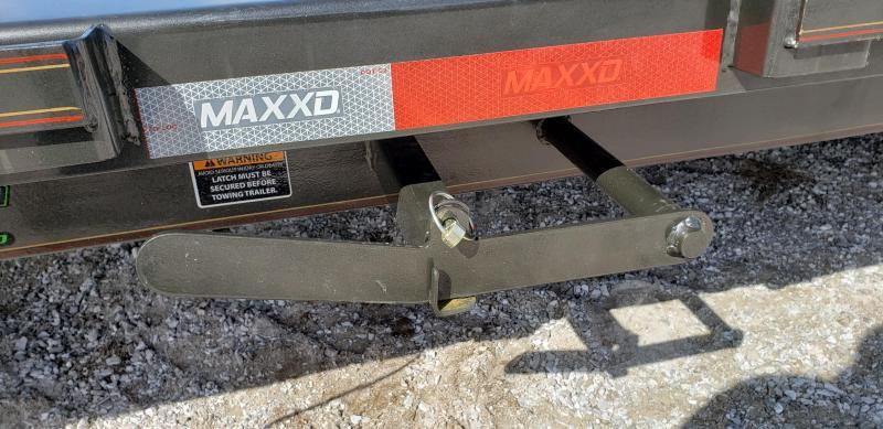2019 MAXXD 102X24 POWER TILT EQUIPMENT HAULER W/7K AXLES DRIVEOVER FENDERS