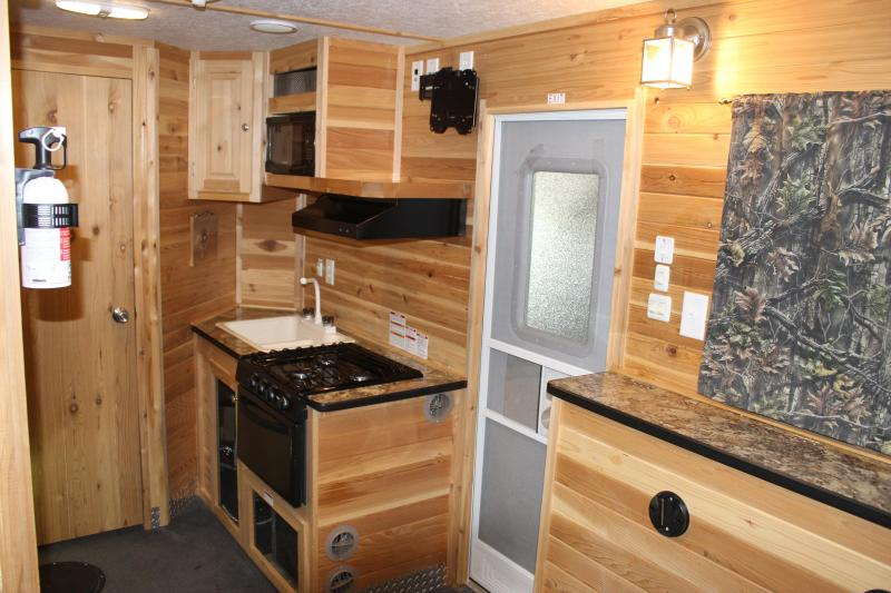 2017 Ice Castle RV Edition