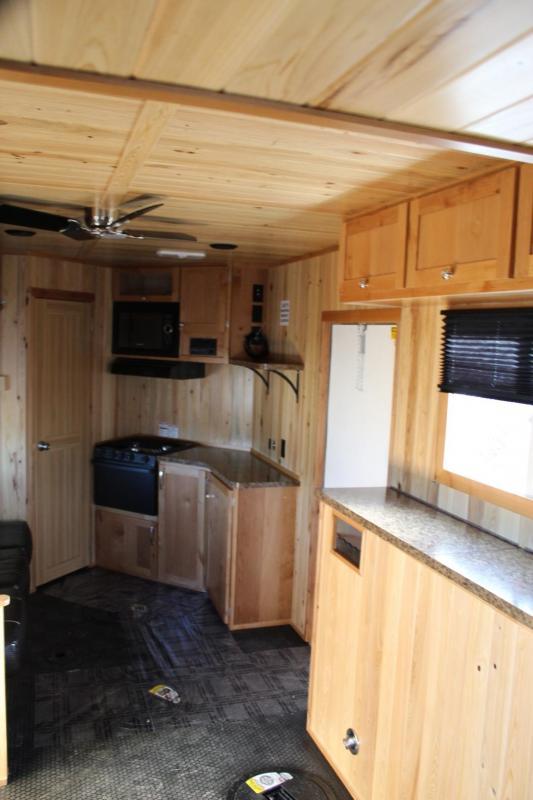 2019 Yetti Angler A816-PK Fish House