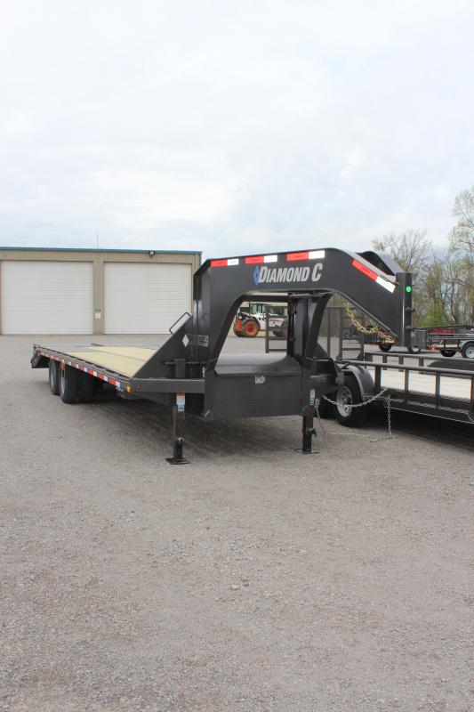 2019 Diamond C Trailers FMAX210 Equipment Trailer in Ashburn, VA