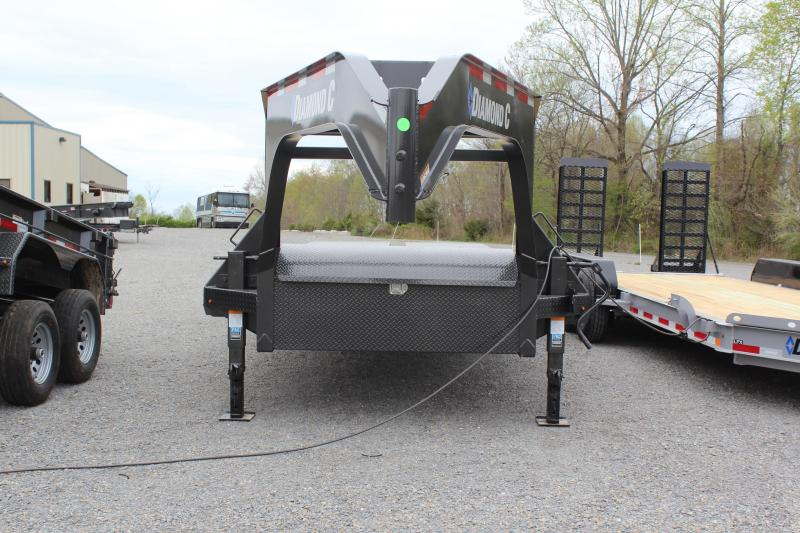 2019 Diamond C Trailers FMAX207 Equipment Trailer in Ashburn, VA