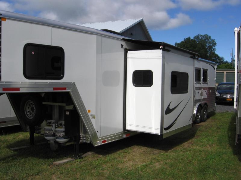 2019 Merhow Trailers 8316 RWS-A Horse Trailer