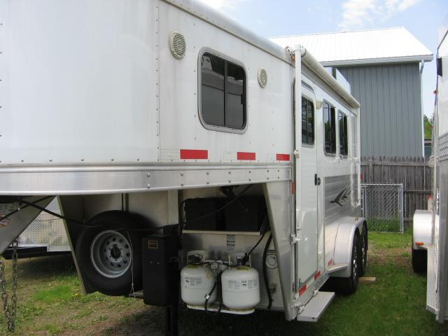 2013 Exiss Trailers Weekender Horse Trailer