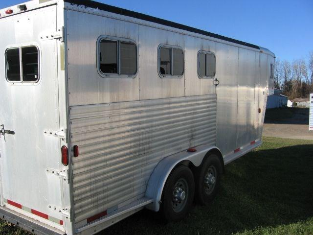 2000 Exiss Trailers  XT-300 Horse Trailer - PRICE REDUCED