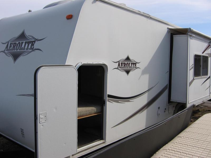2006 Aerolite 24 Bumper Pull Camper