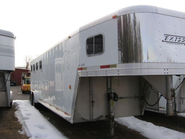 2001 Exiss Trailers SS408 Horse Trailer - PRICE REDUCED
