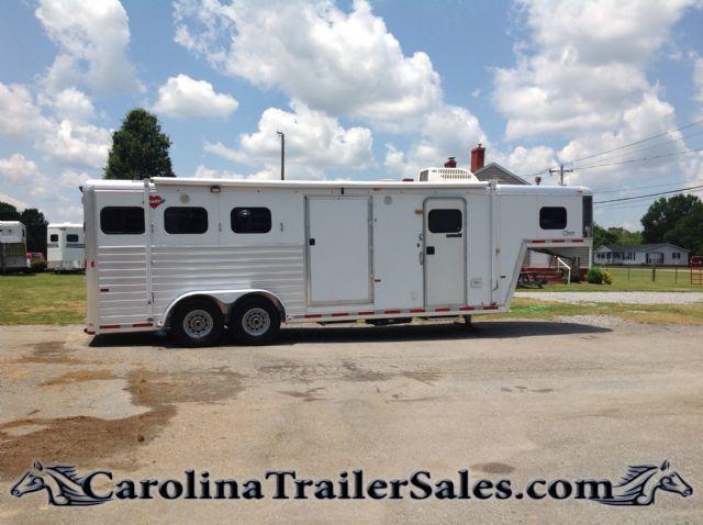 2002 hart trailers super clean weekender mid tack closet mangers
