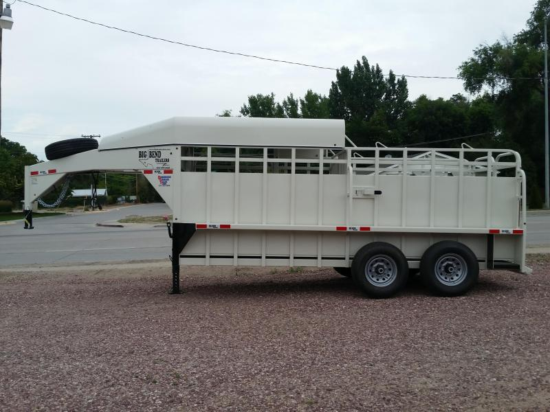 2019 Big Bend 16' HALF TOP Livestock Trailer
