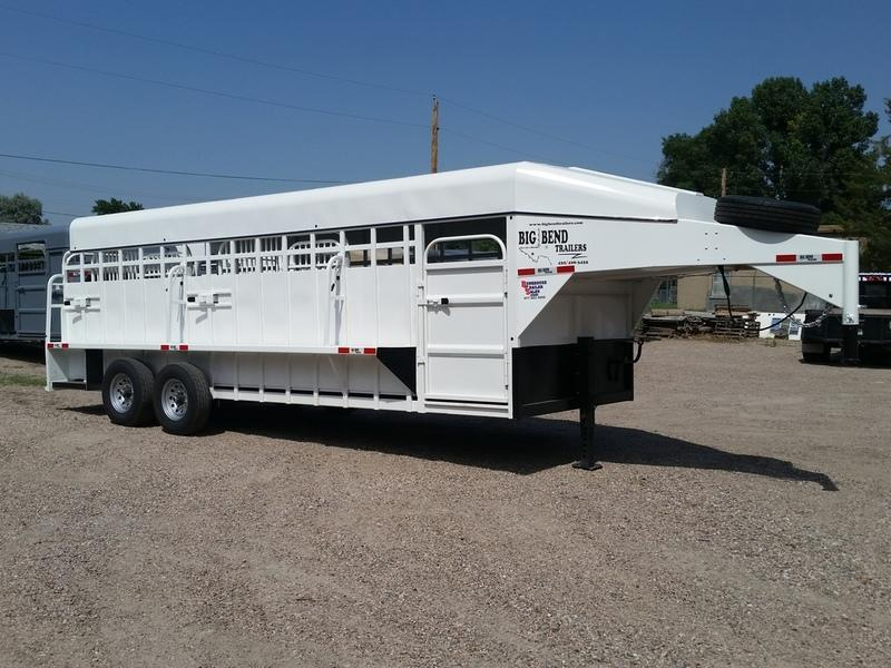 2019 Big Bend 22' Full Top Stock Trailer