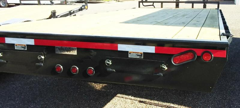 2019 Load Trail 102X240DECKOVER Equipment Trailer