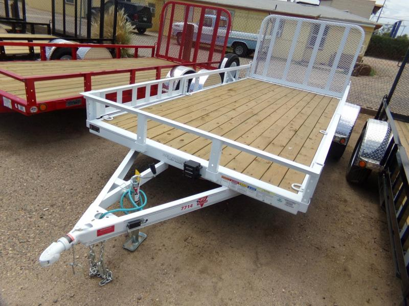 PJ Trailers u7 Utility Trailer Brakes on Axle