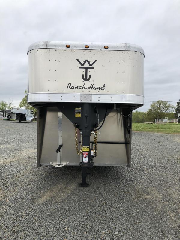 2019 Wilson Trailer Company 24x7 Ranch Hand Livestock Trailer