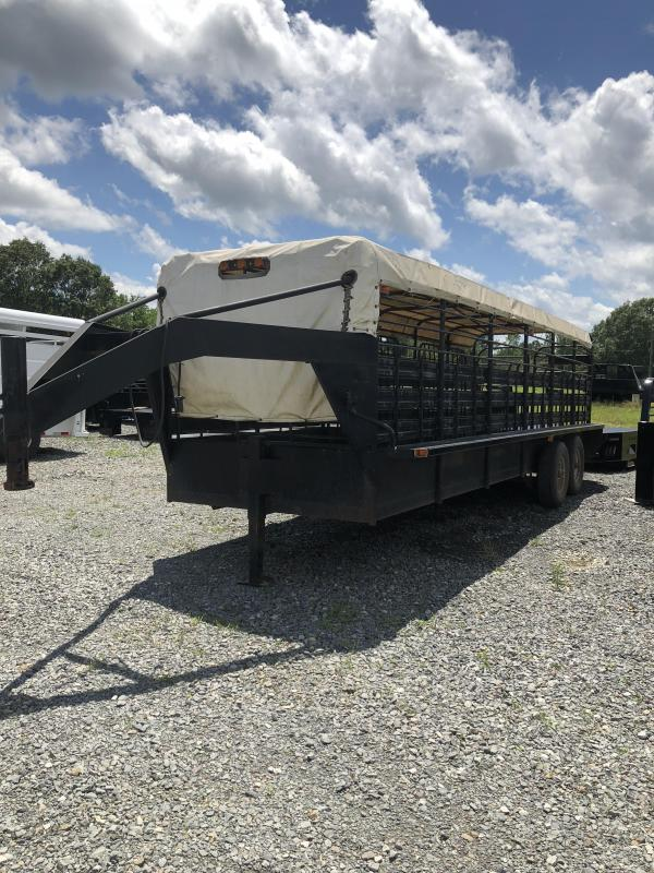 1990 Gooseneck 24x6 Stock Trailer