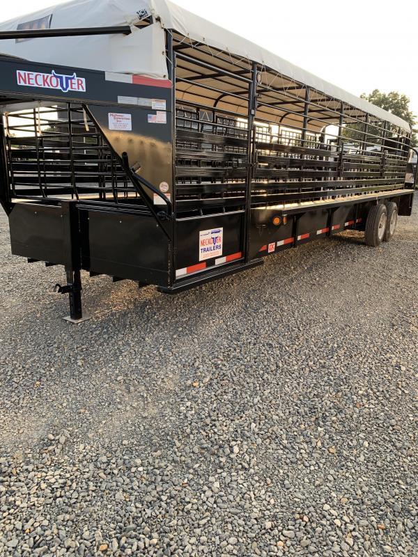 2019 Neckover Trailers 28x6.8 Livestock Trailer