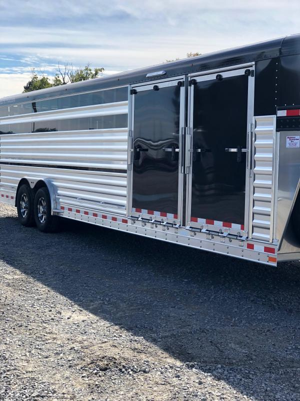 2019 Elite Trailers 8x28 Show Cattle Stock Trailer