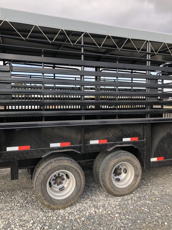 2019 Delco Trailers 40x7.6 Mini Groundload Livestock Trailer
