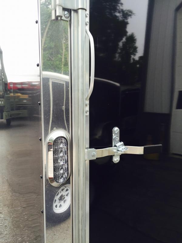 2018 Sure-Trac 8.5x20' 9900# STRCH Commercial Enclosed Car Hauler * ROUND TOP * BLACK * SCREWLESS EXTERIOR