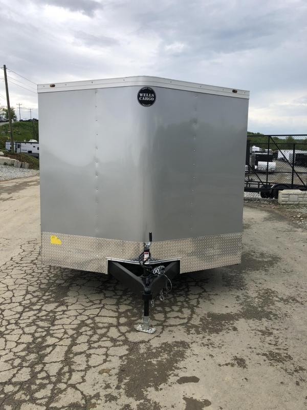 2019 Wells Cargo 8.5x20' Fastrac DELUXE Enclosed Car Trailer 7000# GVW * SILVER EXTERIOR * RAMP DOOR * .030 METAL * CLEARANCE