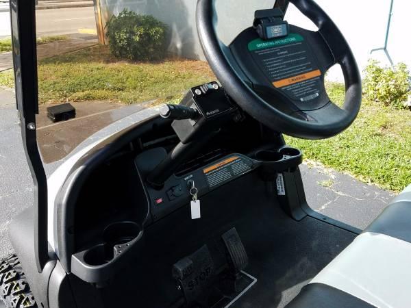 2015 GAS EFI ENGINE CLUB CAR PRECEDENT SILVER/BLACK LIFTED GOLF CART